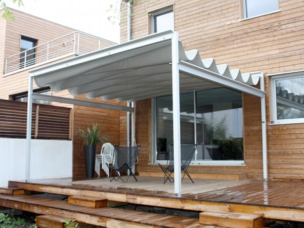 Couverture de terrasse pour restaurants en toile r tractable aquitaine gironde france for Couverture pour terrasse